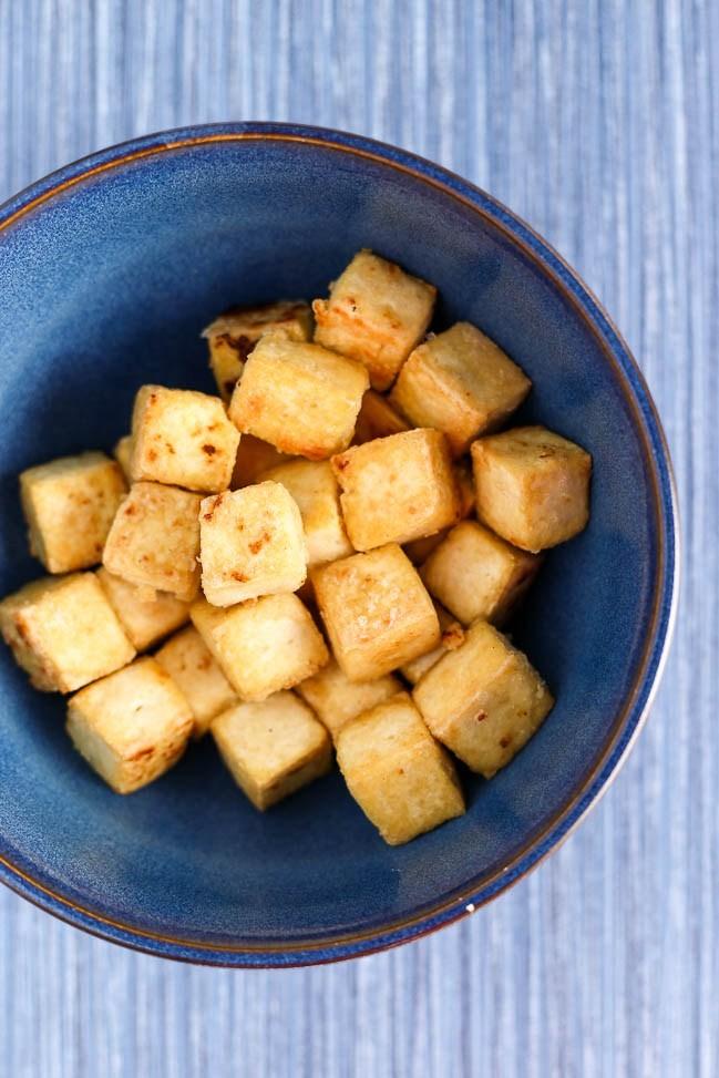 Garlicky Cashew Broccoli & Tofu Stir-Fry - ilovevegan.com